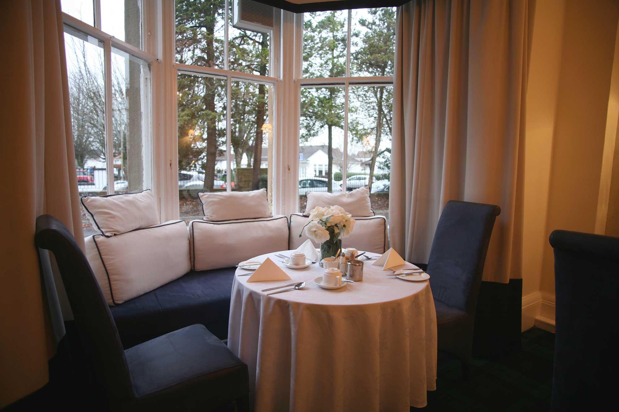 Crookston Hotel Lounge